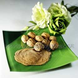 Peelingový prášok z orechových škrupín 10g