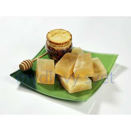 Mydlová hmota s medom 0,5kg