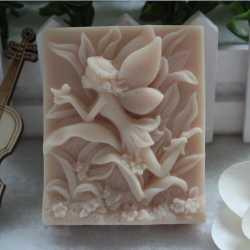 Silikónová forma na mydlo kvetinová víla II.