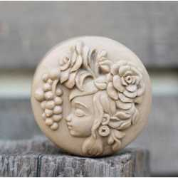 Silikónová forma na mydlo dievča IV.